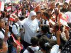 menteri-sosial-khofifah-indar-parawansa-one-day-for-children_20160803_084445.jpg