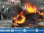 mobil-crv-milik-pemkot-malang-terbakar-saat-ada-demonstrasi.jpg