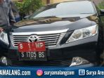 mobil-dinas-bupati-jombang-nyono-suharli-bernopol-s-1-wp_20180213_194252.jpg