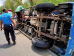 mobil-tangki-bpbd-trenggalek-terguling-saat-hendak-mengirim-bantuan-air-ke-daerah-kekeringan.jpg