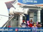 nasabah-bank-bri-kantor-unit-cabang-ngadiluwih-mesin-atm_20180313_010539.jpg