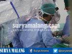 operasi-bedah-saraf-leher-dengan-teknik-bedah-mikro_20170120_204512.jpg