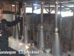 pabrik-arak-kapolres-mojokerto-akbp-leonardus-simarmata_20181001_230837.jpg