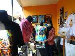 pameran-mahasiswa-s2-keguruan-seni-rupa-universitas-negeri-malang-um-di-rumah-kampung.jpg
