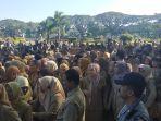 para-asn-kota-malang-melakukan-halal-bi-halal-selepas-upacara.jpg