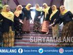 para-guru-smk-prajnaparamita-malang-memakai-baju-malangan-senin-242018_20180402_170911.jpg