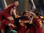 para-pemain-as-roma-merayakan-gol-mereka-ke-gawang-barcelona_20180411_082132.jpg
