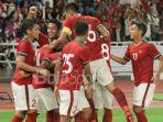 para-pemain-timnas-indonesia-merayakan-gol-ilham-udin-ke-gawang-timnas-islandia_20180115_083206.jpg