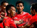 para-pemain-timnas-indonesia-u23-merayakan-gol-ke-gawang-hong-kong_20180823_082833.jpg