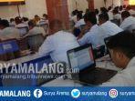 para-peserta-cpns-mengikuti-tes-skd-cpns-2019-di-smkn-2-kota-malang.jpg
