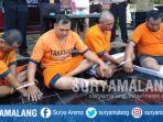 para-tersangka-curanmor-setelah-ditangkap-anggota-polres-malang_20180926_192134.jpg