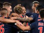 paris-saint-germain-yang-merayakan-gol-neymar_20181008_141234.jpg