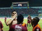 pavel-purishkin-mengunggah-foto-saat-berada-di-stadion-kanjuruhan-kabupaten-malang_20180606_164546.jpg