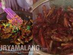 pecinta-kuliner-patut-mencoba-kuliner-belalang-di-kabupaten-mojokerto.jpg