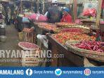 pedagang-cabai-di-pasar-besar-kabupaten-malang_20180313_180851.jpg