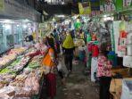 pedagang-dan-pembeli-di-pasar-besar-kota-malang.jpg
