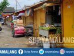 pedagang-menempati-tempat-penampungan-sementara-selama-revitalisasi-pasar-mergan-kota-malang.jpg