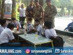 pelajar-cangkruk-di-warung-satpol-pp-jombang-bolos_20180716_232150.jpg