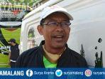 pelatih-persebaya-surabaya-aji-santoso-ditemui-di-stadion-pusaka-wiyung-surabaya.jpg