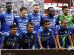 pemain-persib-bandung-berfoto-sebelum-pertandingan-melawan-sriwijaya-fc_20180206_141301.jpg