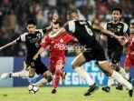 pemain-persija-riko-simanjuntak-pada-laga-piala-afc-2018-kontra-home-united-di-stadion-utama-gbk_20180517_103249.jpg