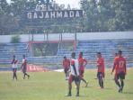 pemain-psmp-saat-berlatih-di-stadion-gajah-mada-kabupaten-mojokerto_20180919_011931.jpg