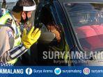 pemeriksaan-kendaraan-di-cek-poin-graha-kencana-kota-malang-saat-psbb-malang-raya.jpg