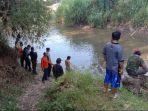 pencarian-remaja-tenggelam-di-sungai-amprong-jalan-raya-ki-ageng-gribig-kota-malang.jpg