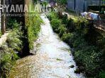 pencemaran-sungai-terjadi-di-desa-junrejo-kota-batu-minggu-1422021.jpg