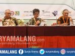 peneliti-seameo-biotrop-bogor-dr-supriyanto-dalam-konferensi-nasional-minyak-atsiri-2017_20171009_173252.jpg