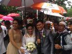 pengantin-nikah-lewati-aksi-112-di-jakarta_20170211_133707.jpg