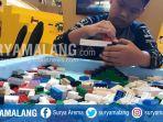 pengunjung-bermain-lego-bricks-di-area-lego-creative-carnival-di-pakuwon-mall-surabaya.jpg