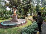 pengunjung-di-taman-prestasi-surabaya-sabtu-1042021-pagi.jpg