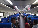 penumpang-kereta-api-di-madiun.jpg