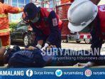 penyelamatan-korban-dalam-simulasi-bencana-untuk-memperingati-hari-kesiapsiagaan-bencana-nasional.jpg