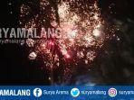 perayaan-tahun-baru-2019-di-alun-alun-kota-madiun.jpg