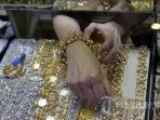 perhiasan-emas_20150628_212652.jpg