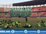 persebaya-latihan-di-stadion-gelora-bung-tomo-surabaya_20181017_110638.jpg