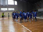 persib-bandung-tengah-berlatih-fisik-di-lapangan-basket-gor-pajajaran_20180305_154526.jpg