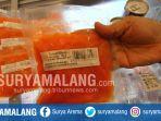 petugas-bpom-surabaya-razia-makanan-dan-minuman-di-supermarket-di-jalan-semeru-kota-malang_20171208_194925.jpg