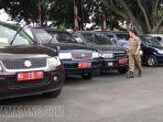petugas-satpol-pp-mobil-dinas-kantor-wali-kota-blitar-minggu-252019.jpg