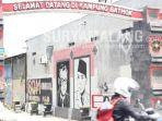 pintu-masuk-di-kampung-wisata-bathok-kelurahan-tanjungsari-kecamatan-sukorejo-kota-blitar.jpg