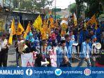 pmii-kabupaten-malang-gelar-aksi-unjuk-rasa-menolak-uu-md3_20180307_202322.jpg