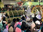 pocong-keliling-warga-pulau-masalembu-kabupaten-sumenep.jpg