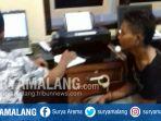 polisi-memeriksa-jendral-nasution-pencuri-di-rumah-warga-di-desa-langon-ponggok-kabupaten-blitar_20180313_133930.jpg