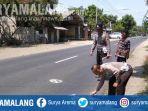 polisi-saat-olah-tempat-kejadian-perkara-kecelakaan-di-jalan-raya-desa-pulorejo-jombang.jpg