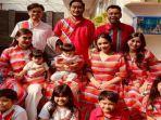 potret-lebaran-nagita-slavina-dan-raffi-ahmad-bersama-keluarga.jpg