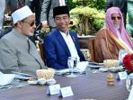 presiden-joko-widodo-saat-menjamu-makan-siang-ulama-dan-cendikiawan-muslim_20180501_222705.jpg