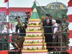 presiden-jokowi-dan-kiai-sholeh-qosim_20180510_233914.jpg