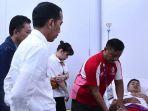 presiden-jokowi-kunjungi-anthony-ginting_20180822_220012.jpg